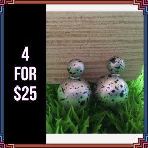 Jewelry - 4 FOR $25 🎁🎄🍾🥂  Double Stud Earrings